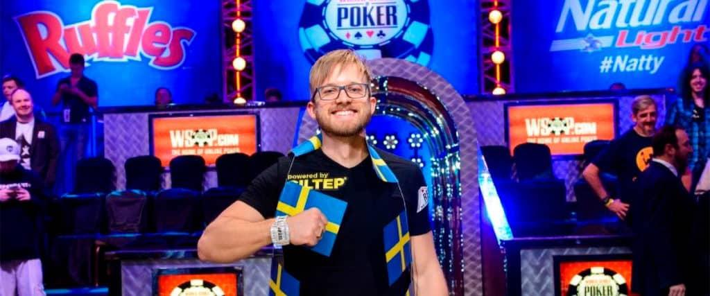 Мартин Якобсон - член команды 888poker.