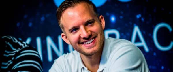 Мартин Якобсон член команды 888poker.