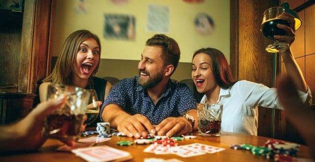 Общение в покере